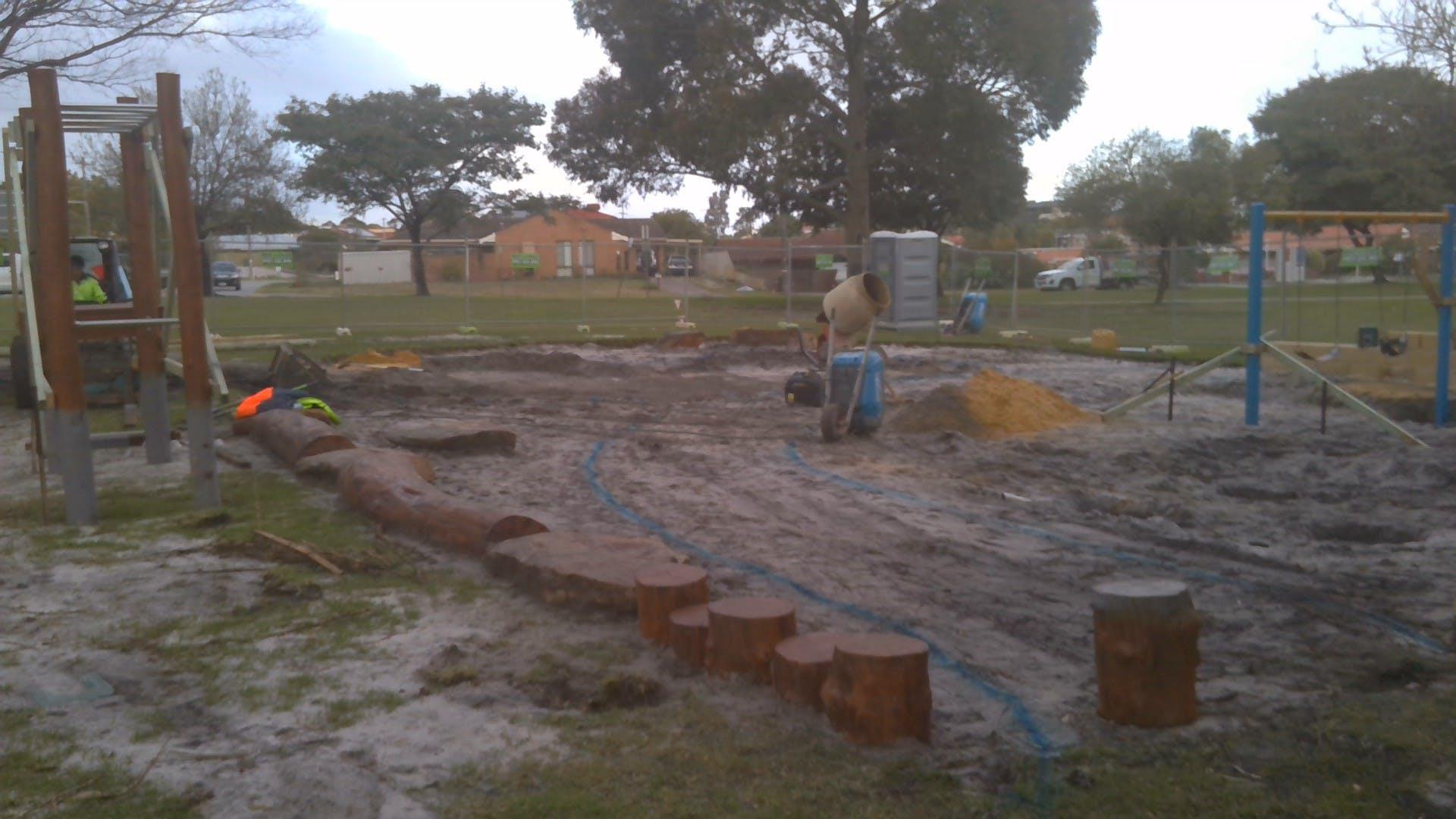 Kennon Park playground construction 8