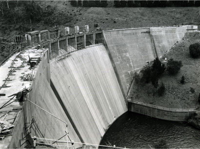 Adding gates 1962-1964.jpg