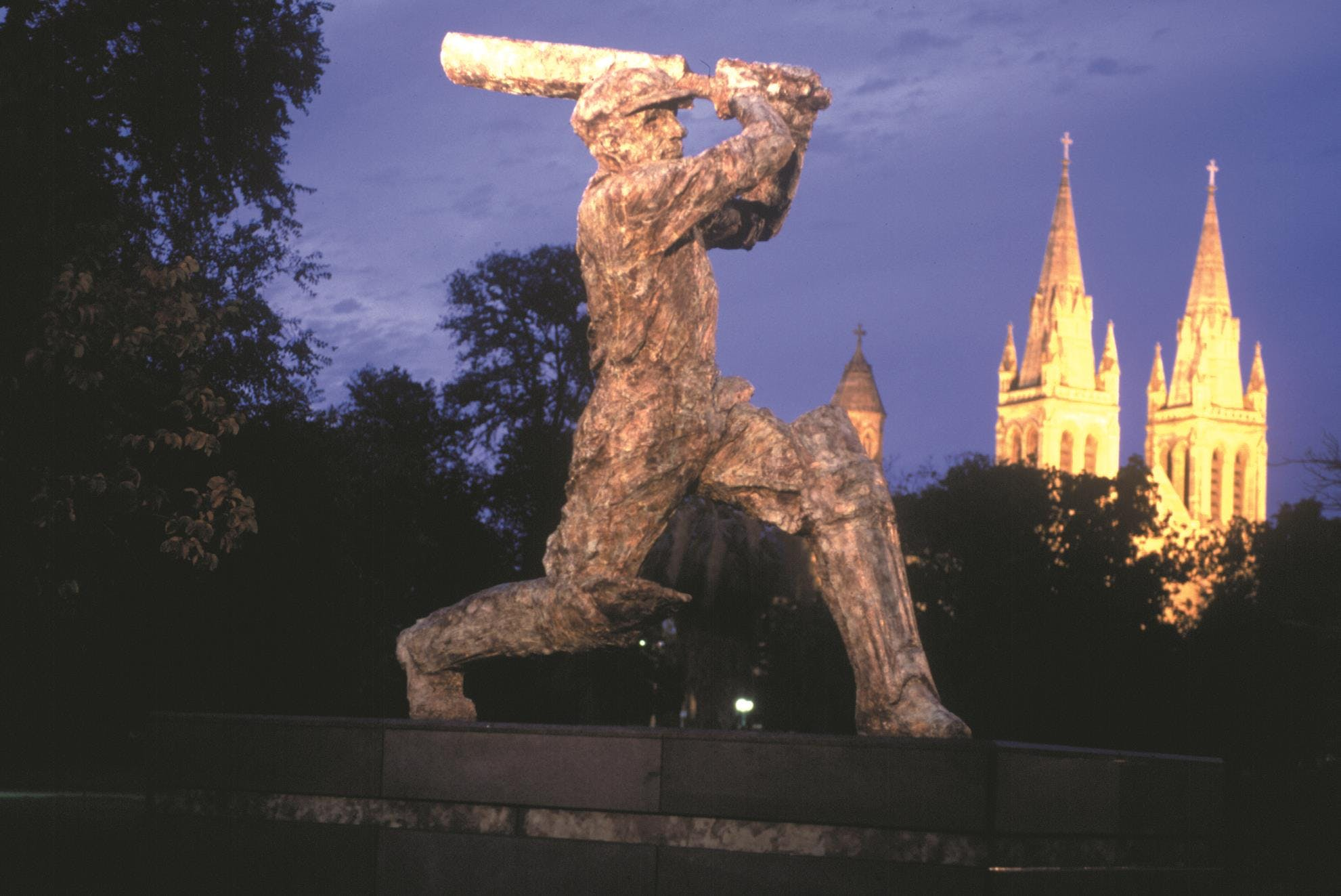 Commemorative sculpture