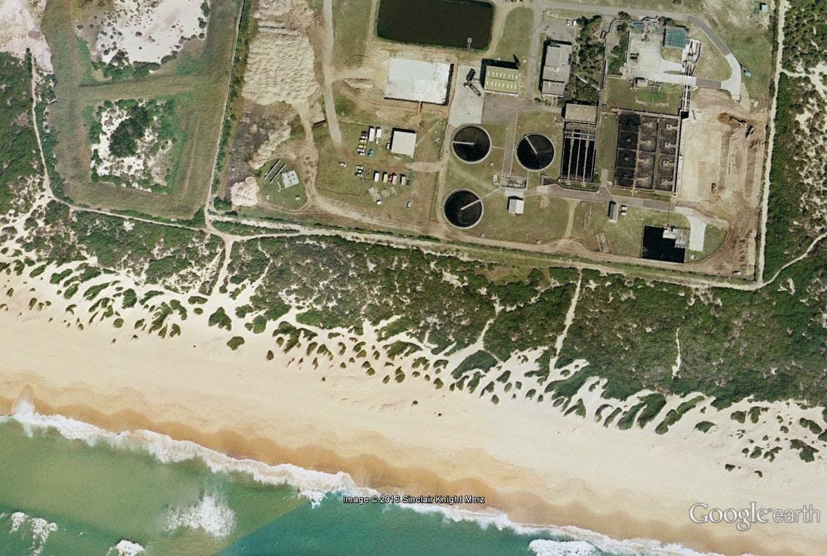 Aerial view showing dune vegetation 2004 Source Google Maps