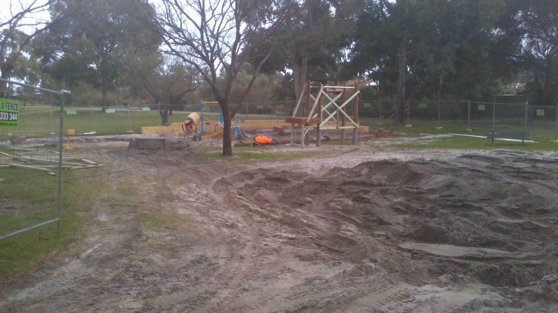 Kennon Park playground construction 4