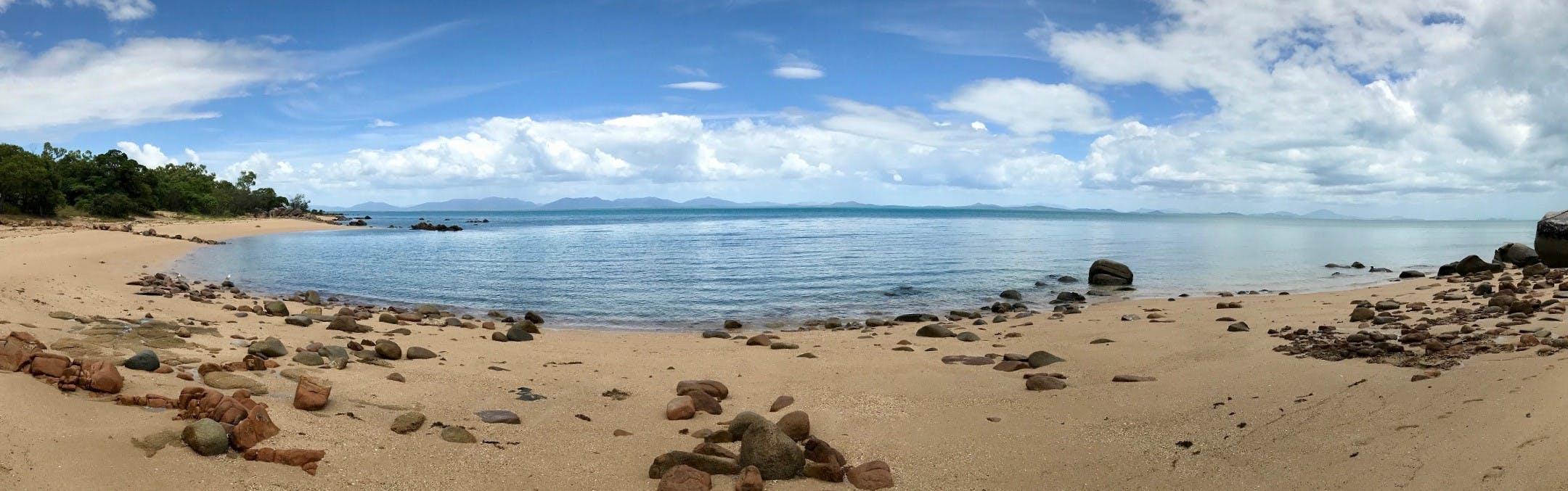 Panorama - Frog Rock beach.jpg