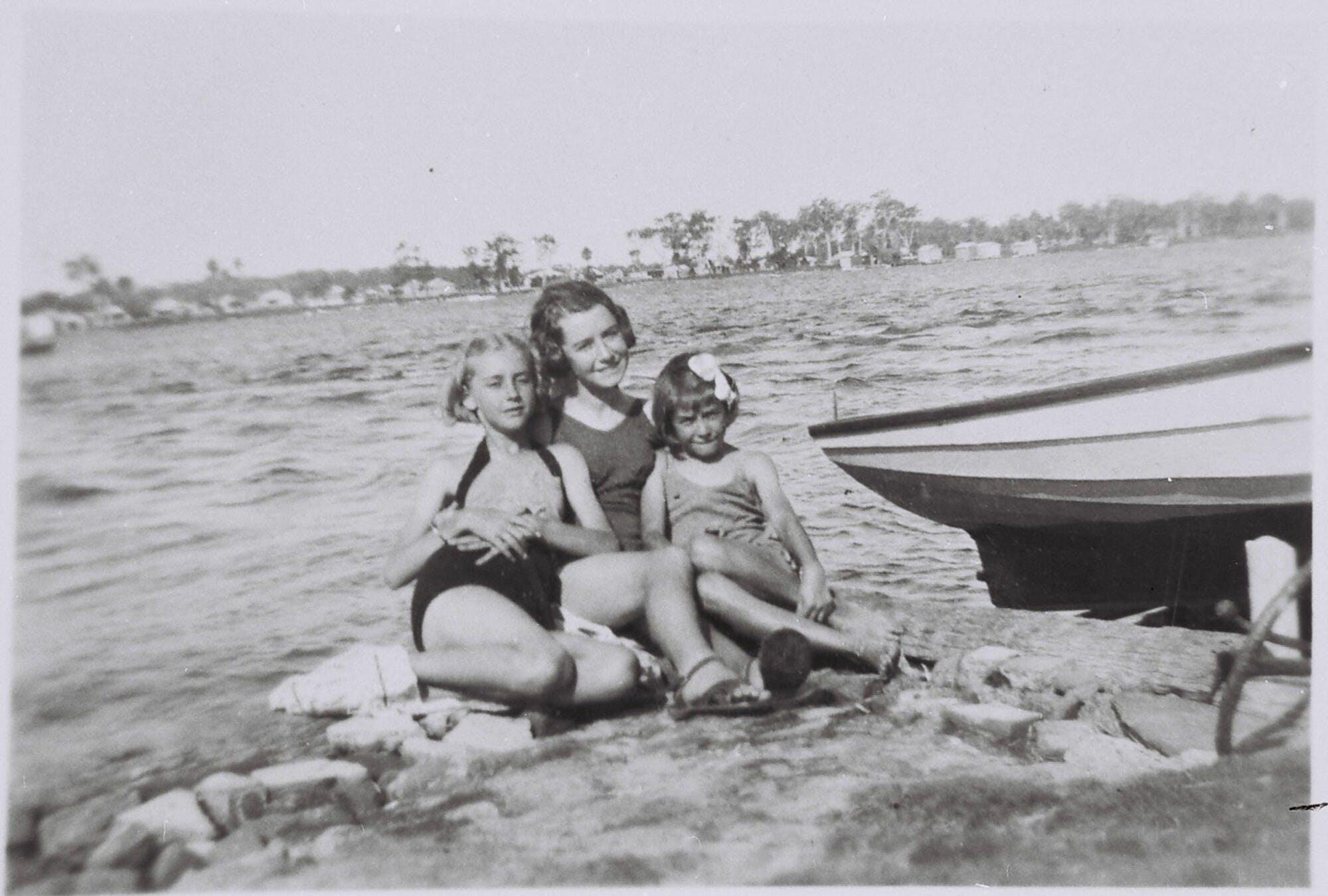 Ruth Holmes, Shirley Holmes and Joan Holmes May 1941 at Coon Island.