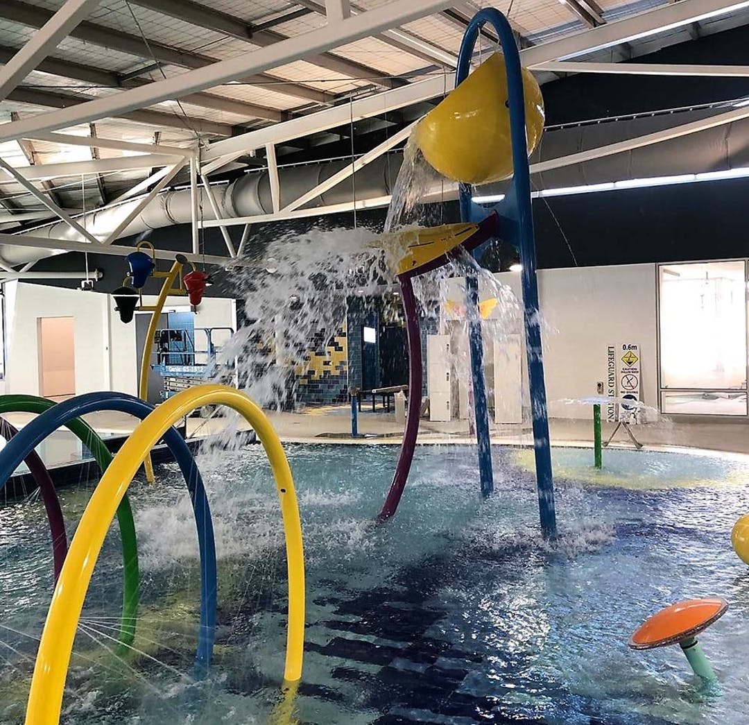 Front entrance of Bairnsdale Aquatic and Recreation Centre
