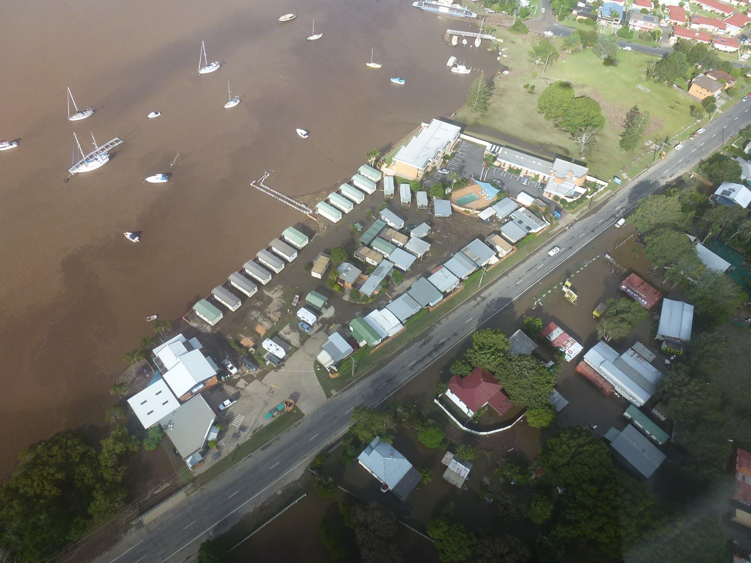 Hibbard Aquatic Caravan Park Motel Rivermark Cafe 2013
