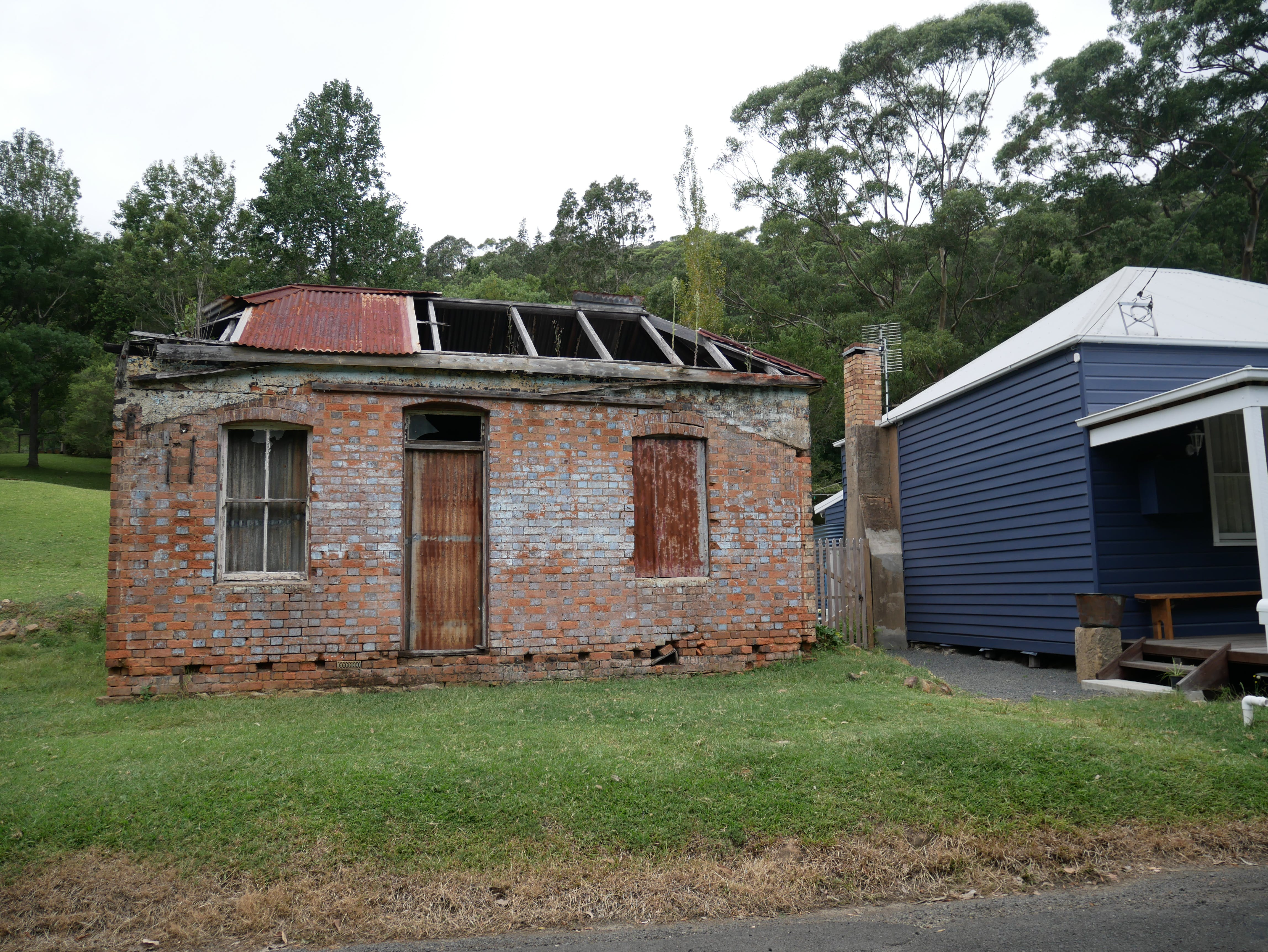 Former Miner's Clubhouse, Kembla Heights