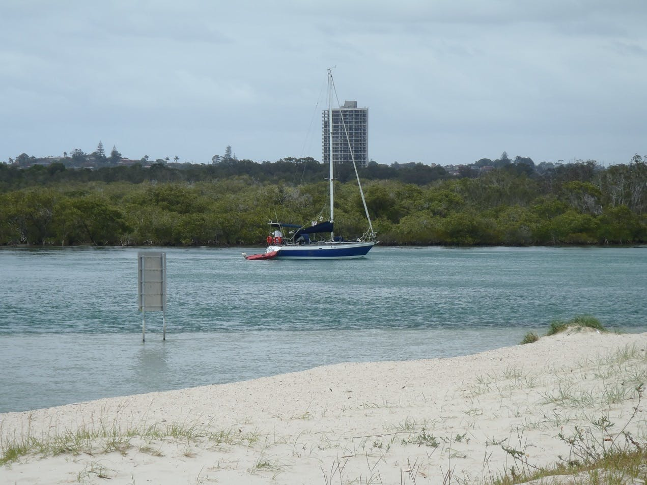 Boating is an important pastime for many people in the Tweed River Estuary