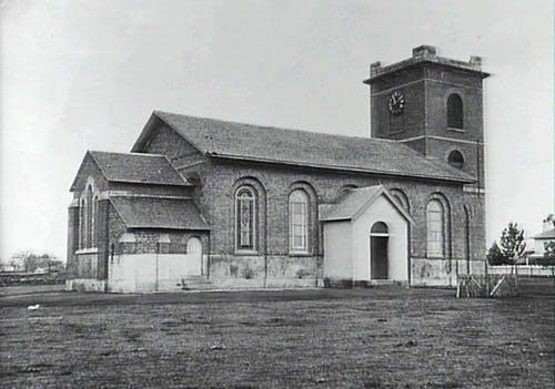 St lukes church past