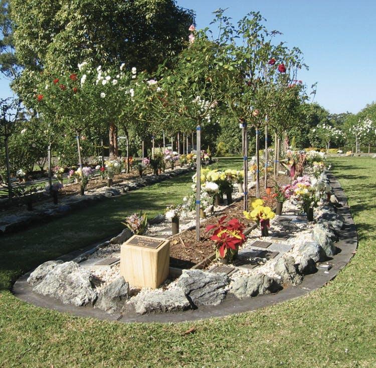 Innes Gardens Memorial Park Rose Gardens
