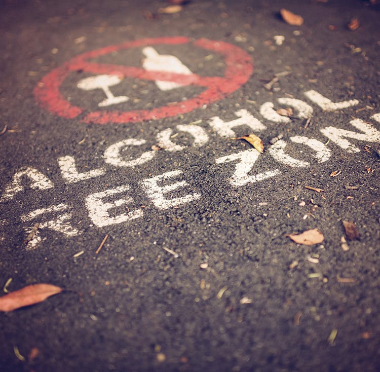 alcohol-free-zone-750x734