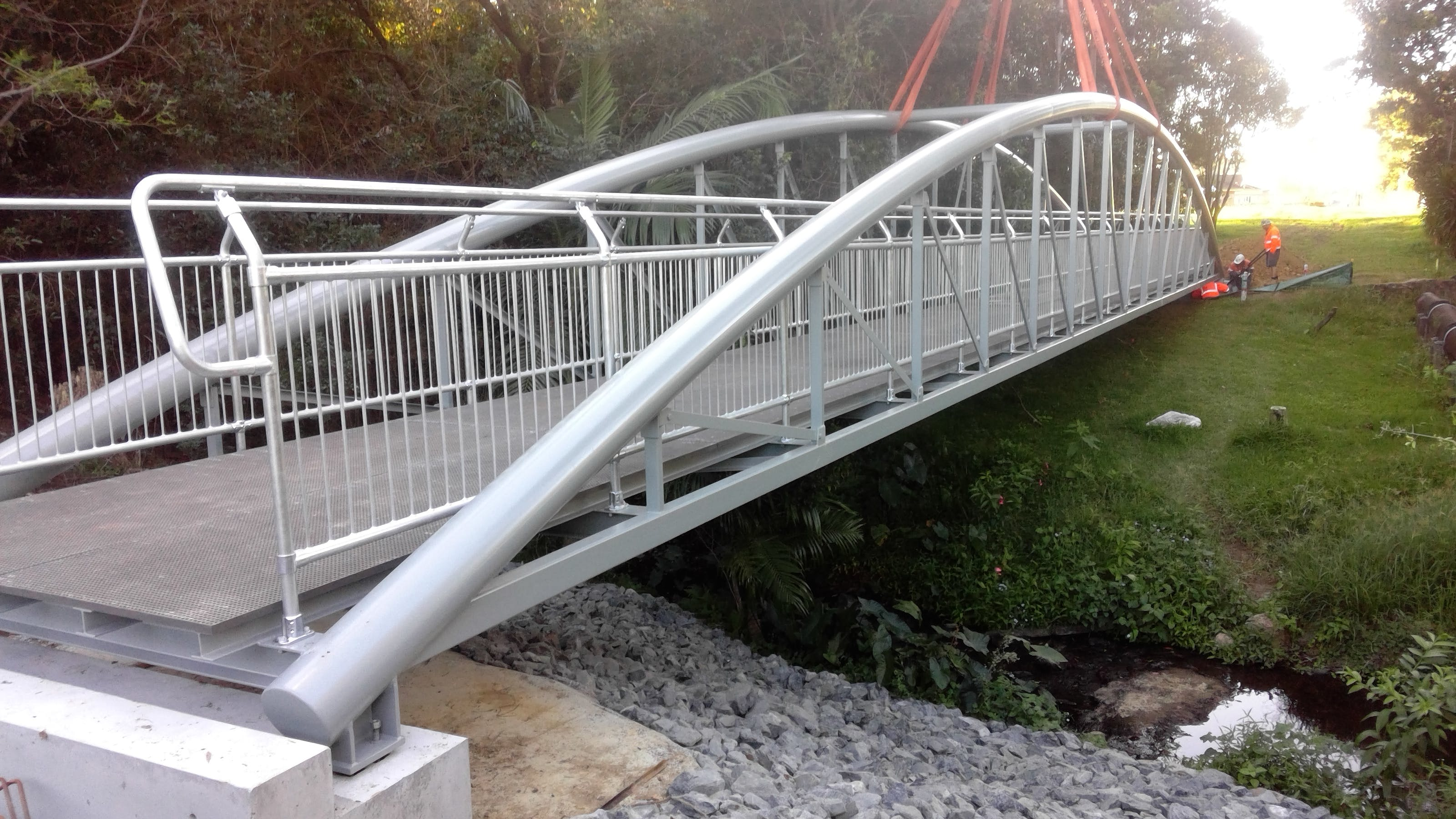 The new bridge linking Loaders Lane with West Coffs District Park