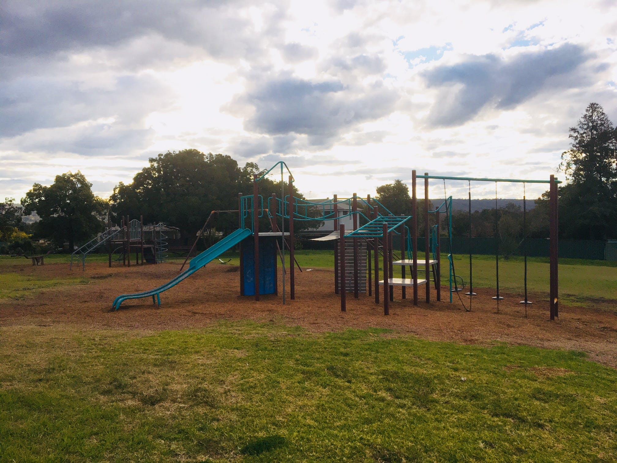 Robinson Park.jpg