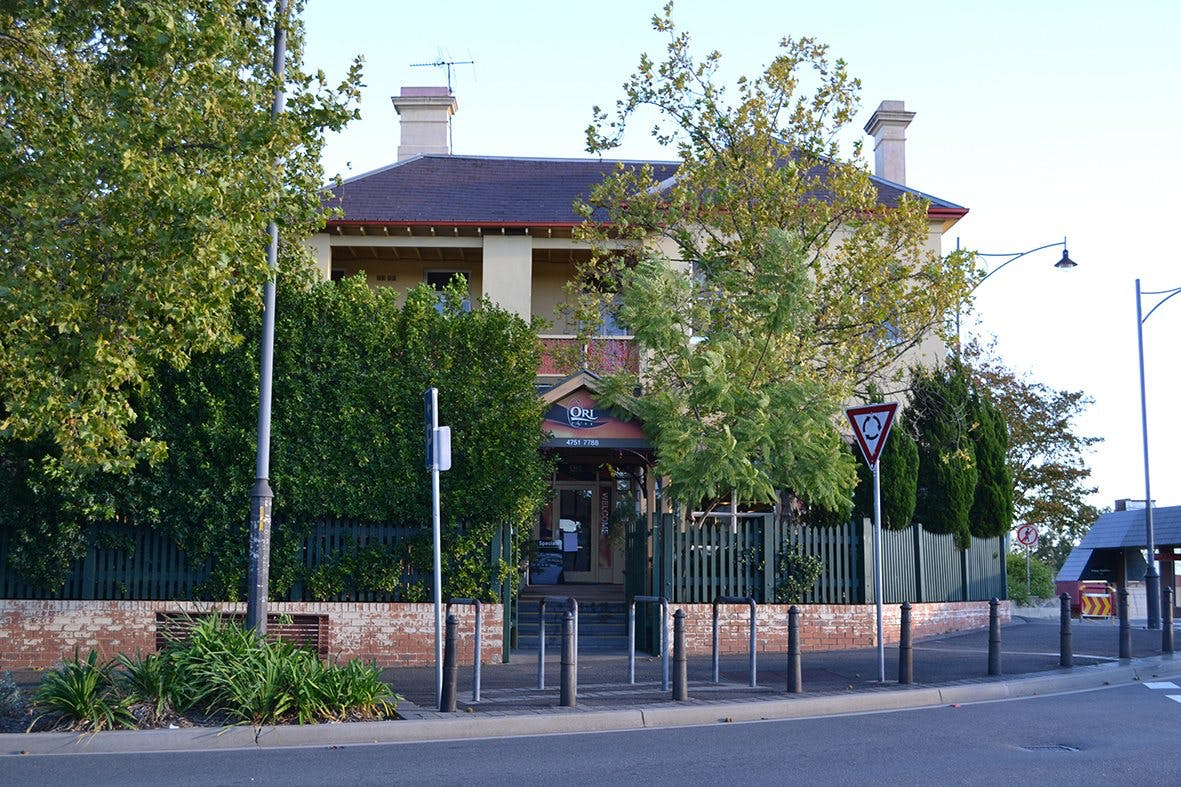 The Oriental Hotel, Corner of Raymond & Macquarie Roads