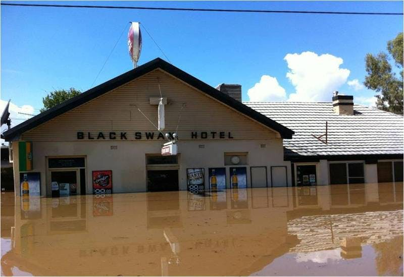 Black Swan hotel, North Wagga Wagga