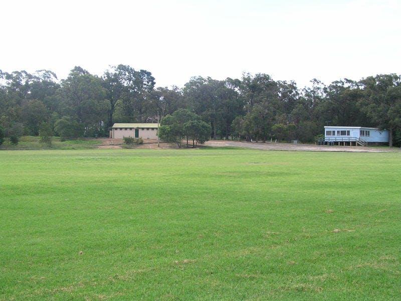 Knapsack Oval, Glenbrook. Soccer & Cricket, part of Reserve
