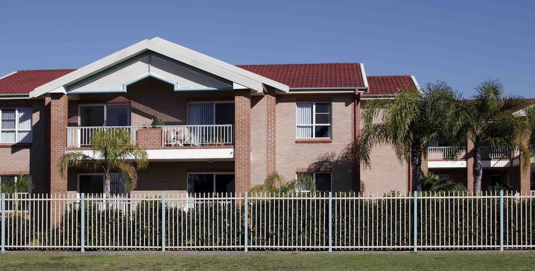 Bin services for multi-unit housing