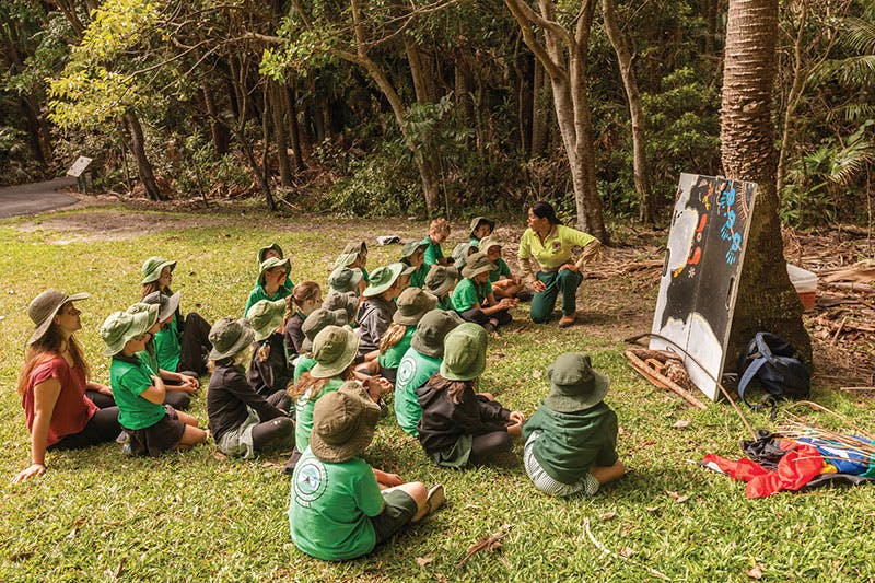 Kids at a NPWS discovery tour in NSW Upper North Coast. Photo credit: M Vanderveer.