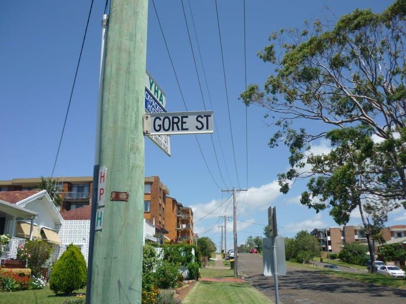 Gore Street sign