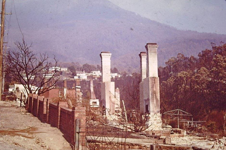 Houses burned in South Hobart in 1967