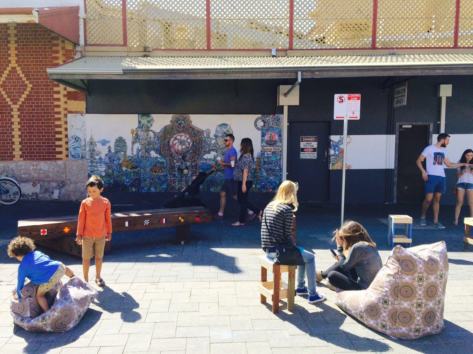 Market Street Piazza daytime 3