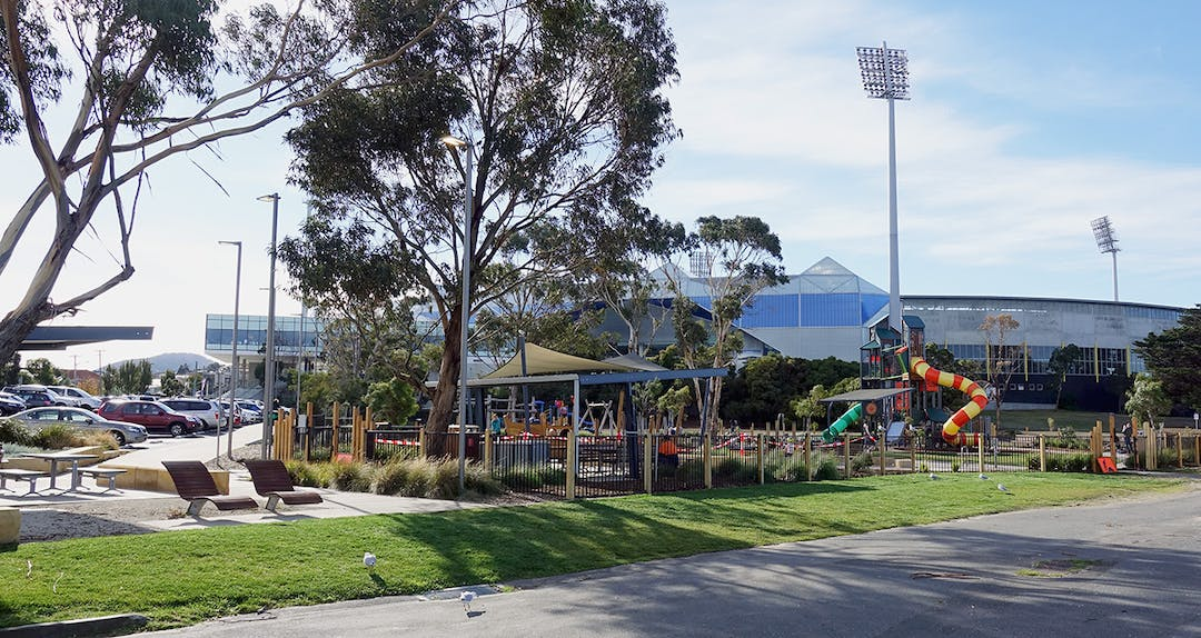 Bellerive beach park and blundstone arena web