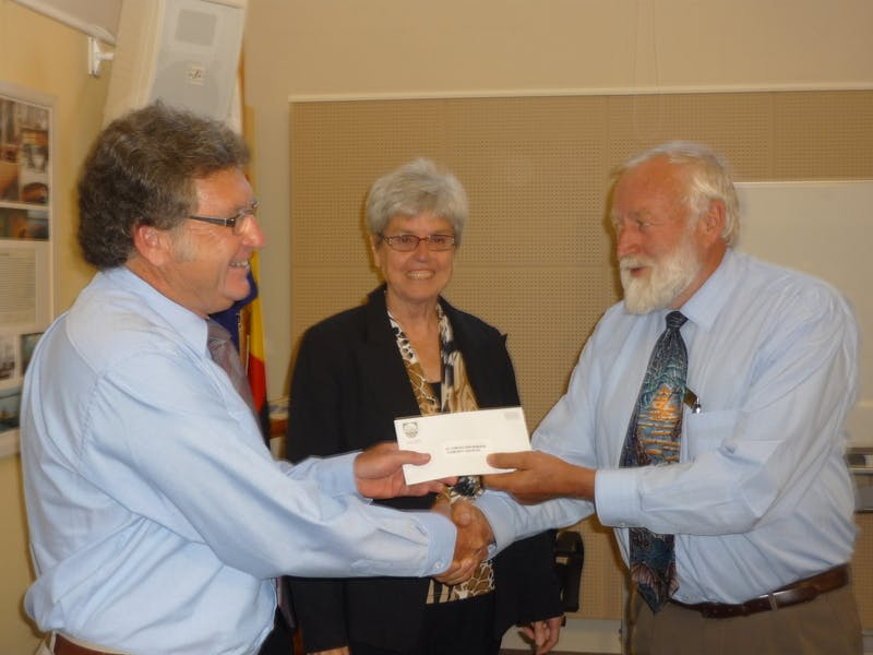 Mount Compass War Memorial Community Centre reps receiving Alexandrina Council grant from Cr Gartrell and Deputy Mayor Woolford