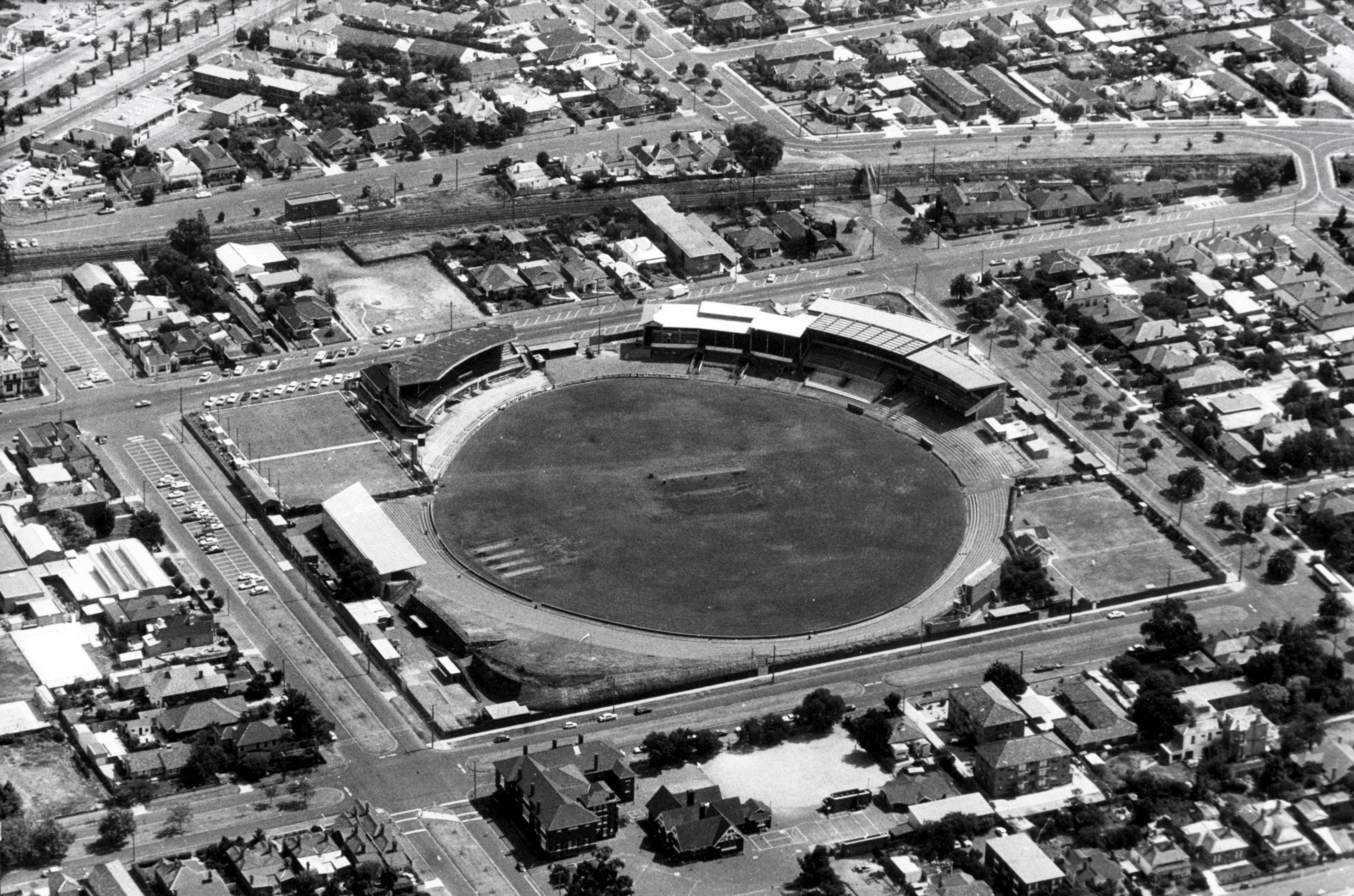 1975 aerial image of Windy Hill, courtesy of The Age archives