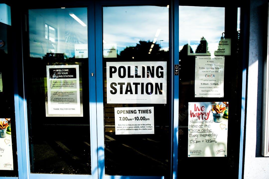 Polling station  105205 unsplash