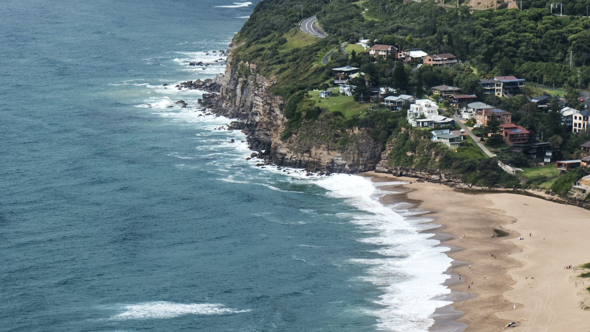 Houses in Stanwell Park, NSW.jpg