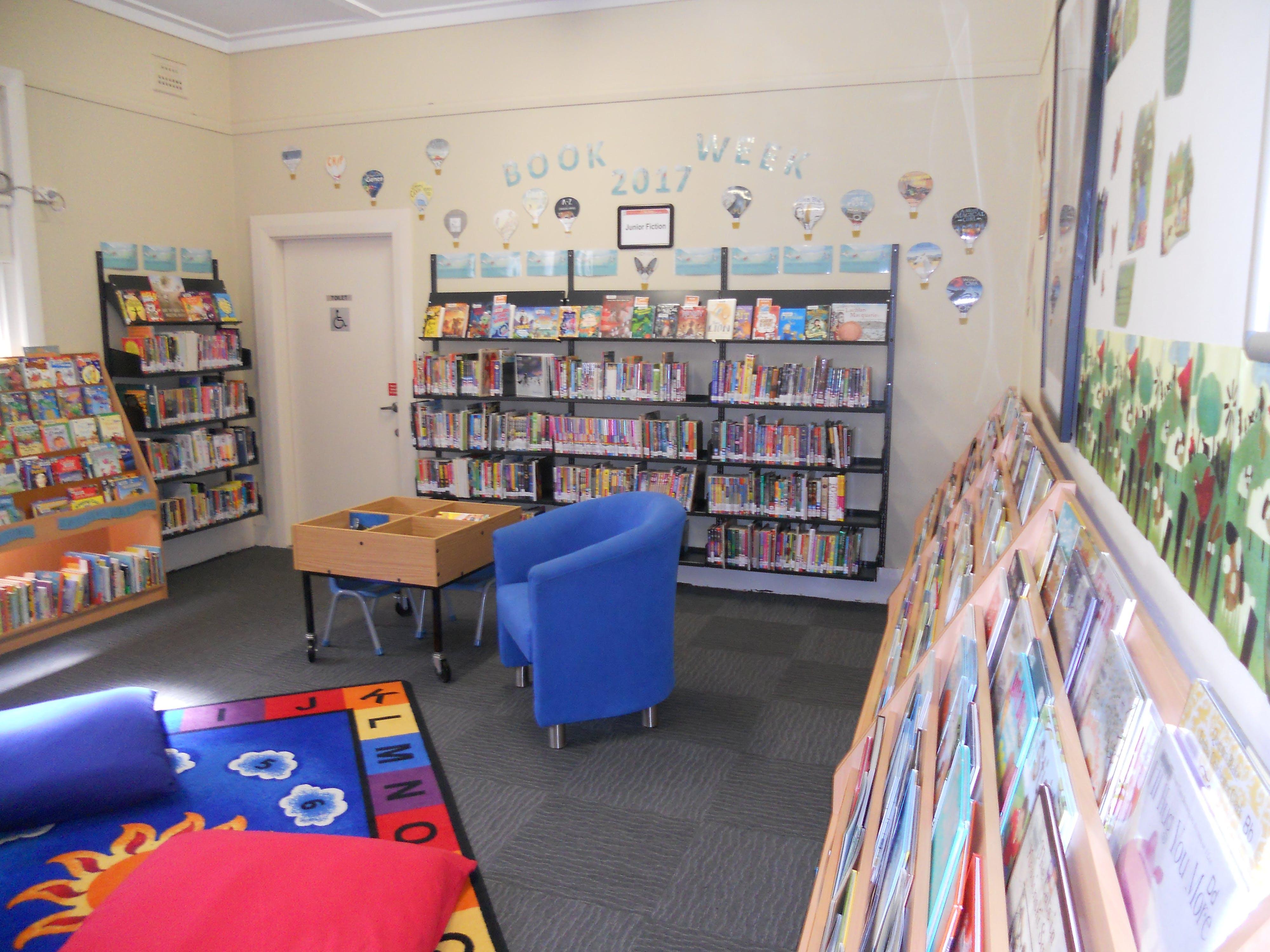 Library photo dscn3409