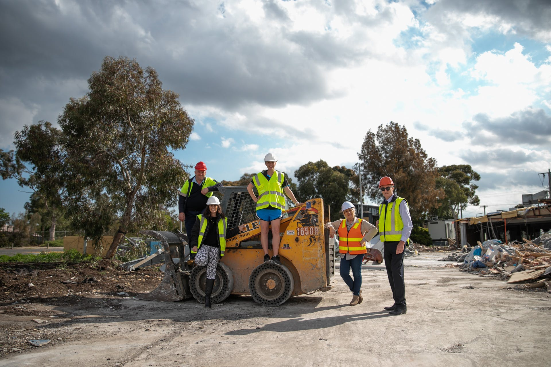 Mayor Cr Narelle Sharpe, Deputy Mayor Cr John Sipek, Crs Samantha Byrne and Andrea Surace, and CEO Bryan Lancaster attend the site to see construction progress in October 2019.