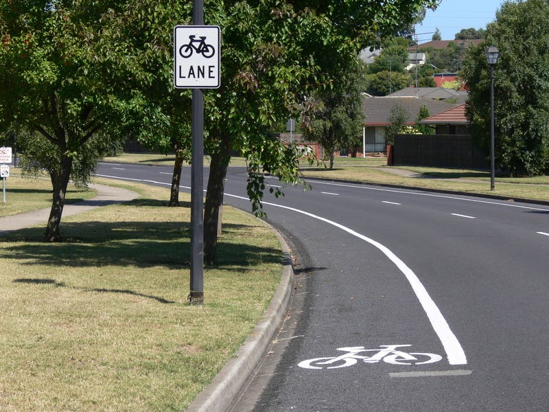 Designated Bicycle Lane does not allow parking