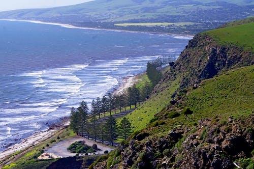 South Road winding north along Lady Bay