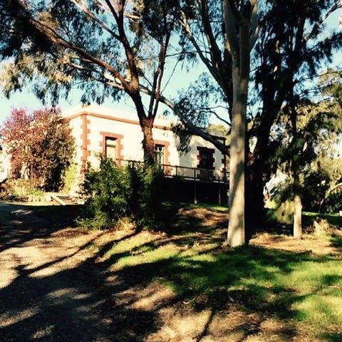 Apakaldree House Hay Flat Road
