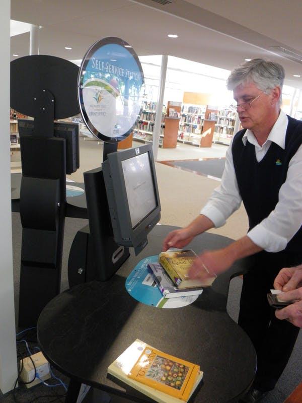 Self Check at Port Macquarie Library