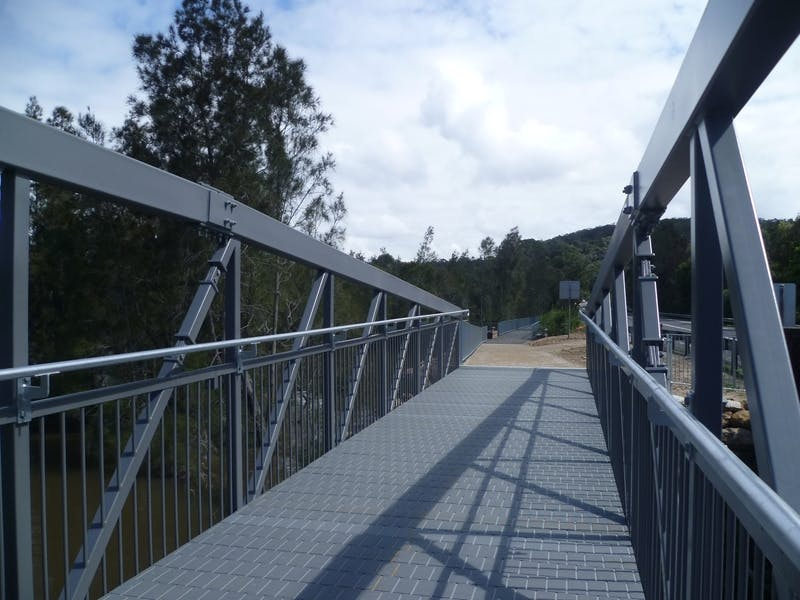 how to get to narrabeen lagoon trail