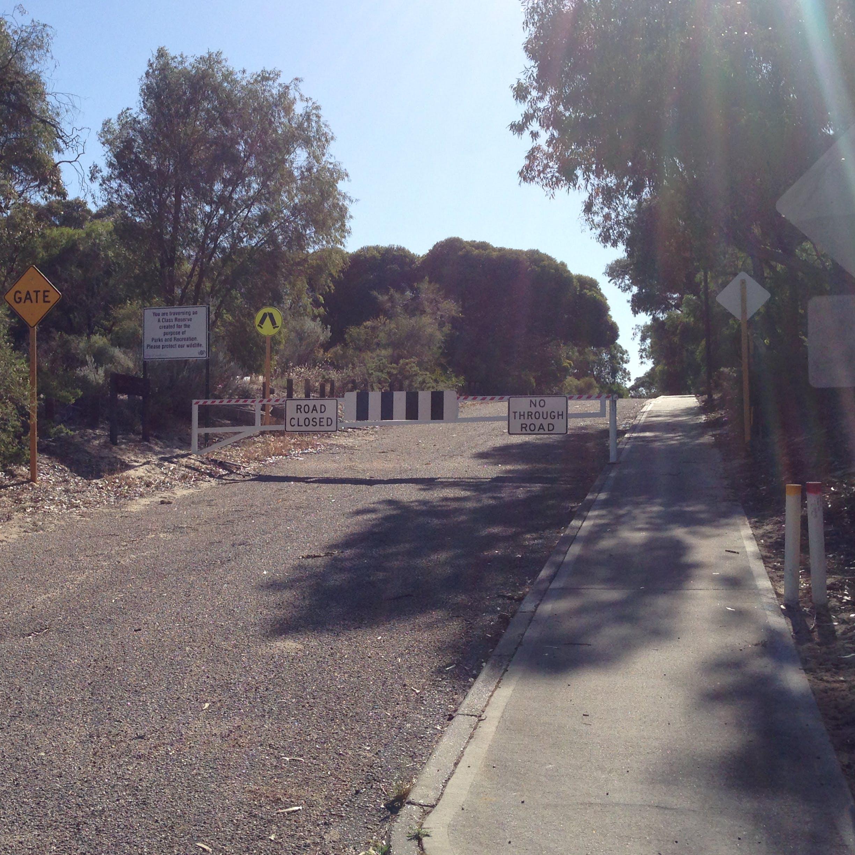 Gate closure