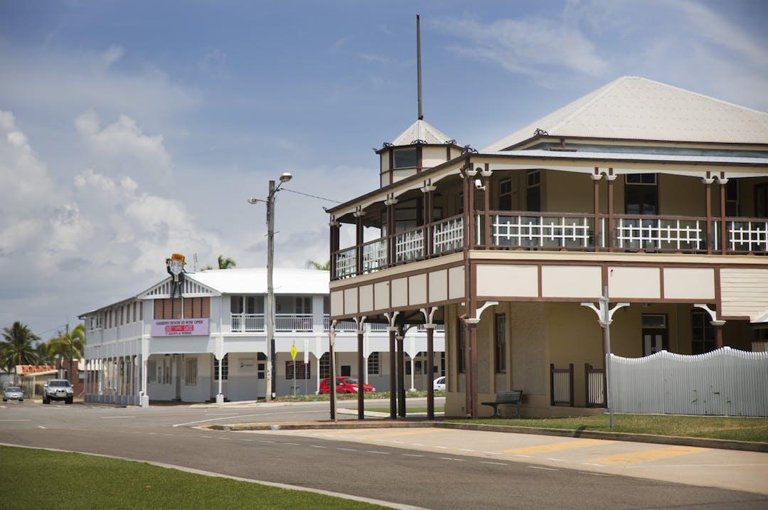Bowen historic buildings03