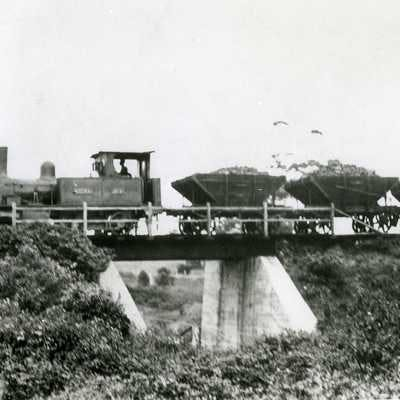 Tramline (Wollongong City Library, Local Studies collection)