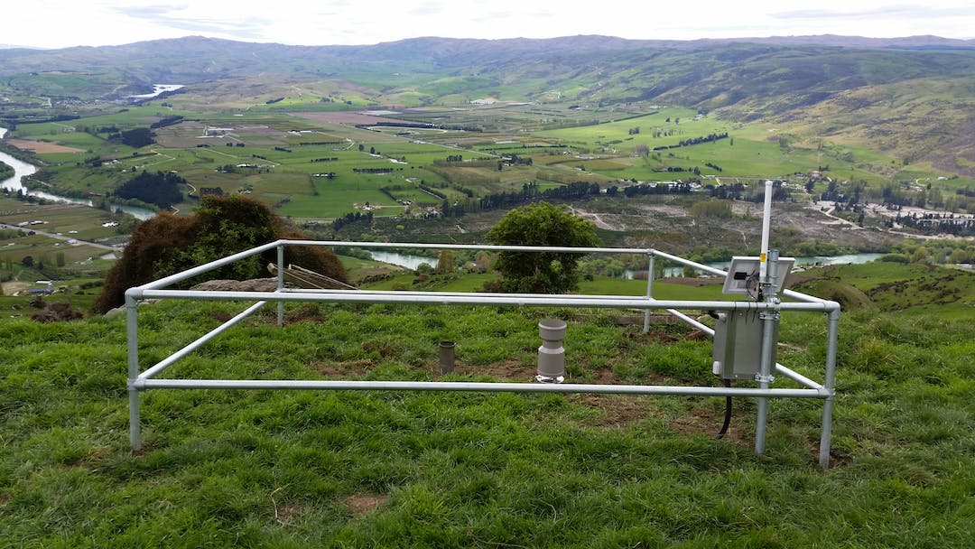 Photo of the rain gauge, near Roxburgh