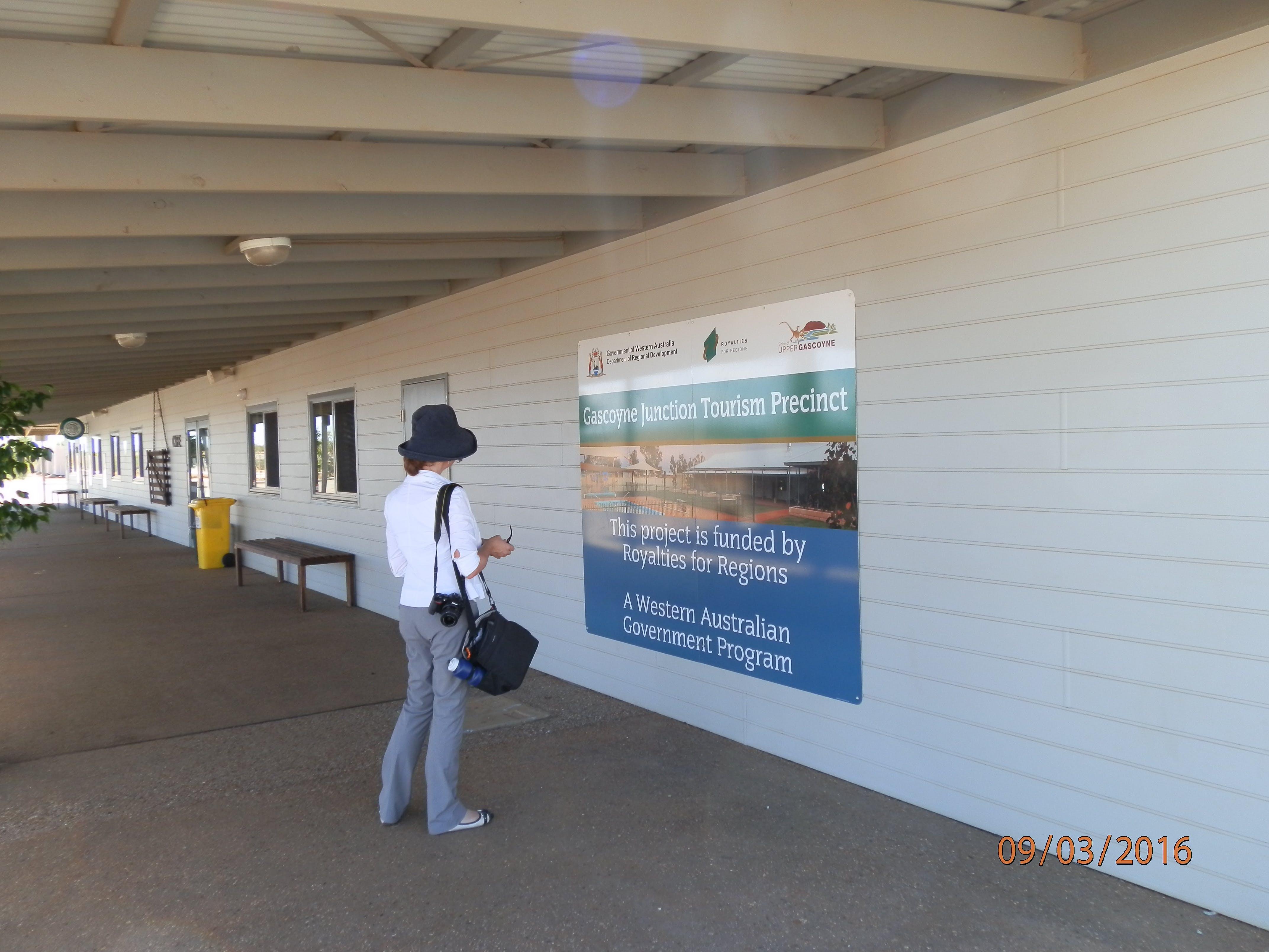 Gascoyne Junction Tourist Hub signage