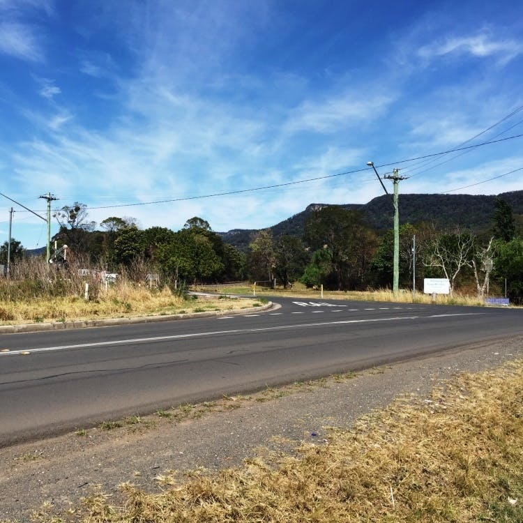 Shone Avenue intersection, Wongawilli