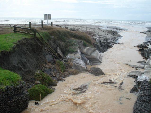 One Mile Creek Outlet Erosion Form 20 April 2013
