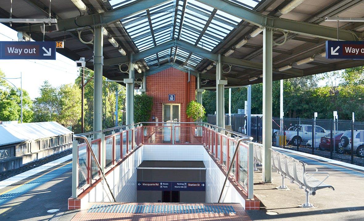 Springwood Station Platform - Town Centre Arrival