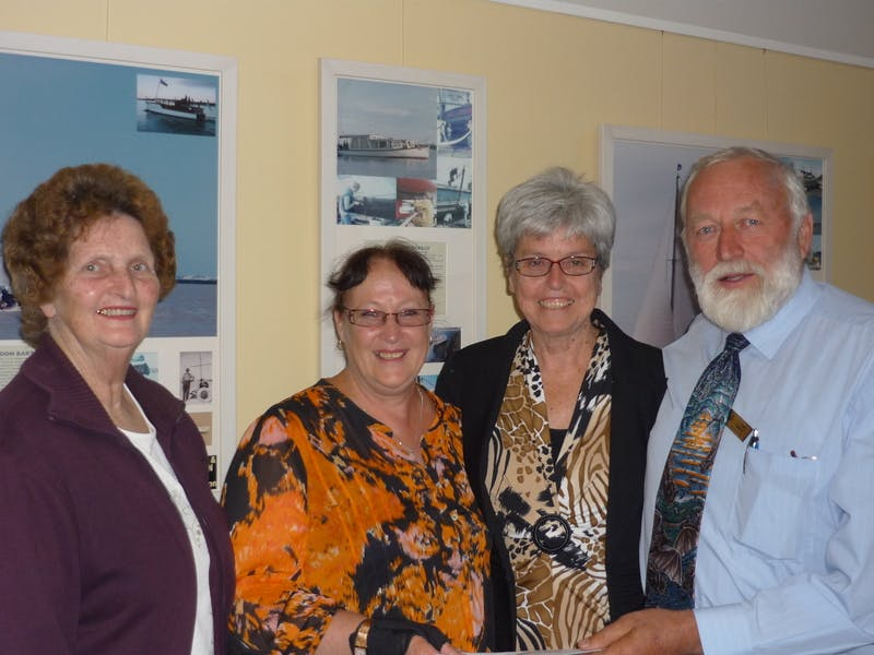 Yundi War Memorial reps receiving Alexandrina Council grant from Cr Gartrell and Deputy Mayor Woolford
