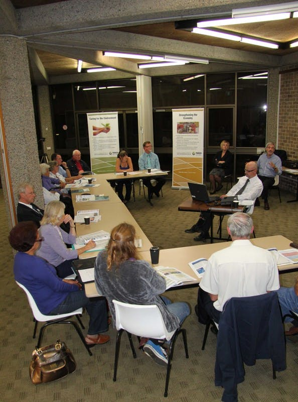 Vigorous discussion at the Tweed Heads roundtable