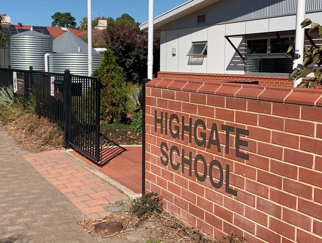 Photo of a the Highgate School main entrance point