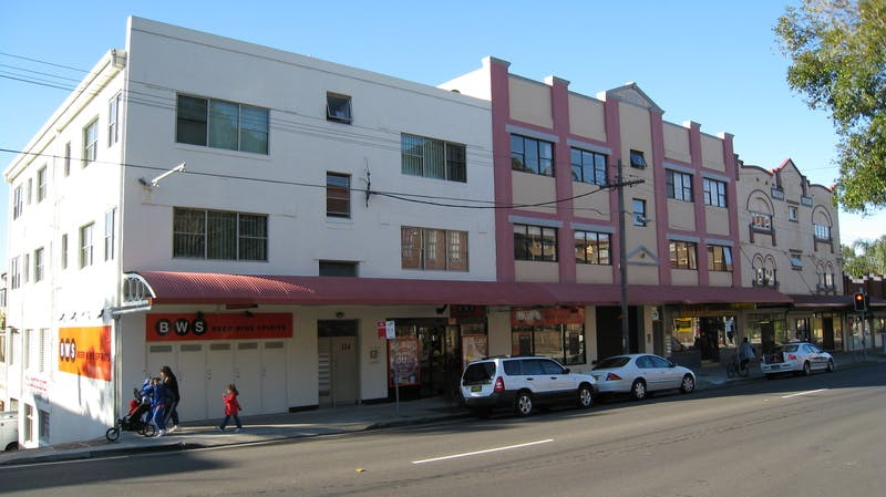 Neighbourhood centre - Byron Street, Coogee