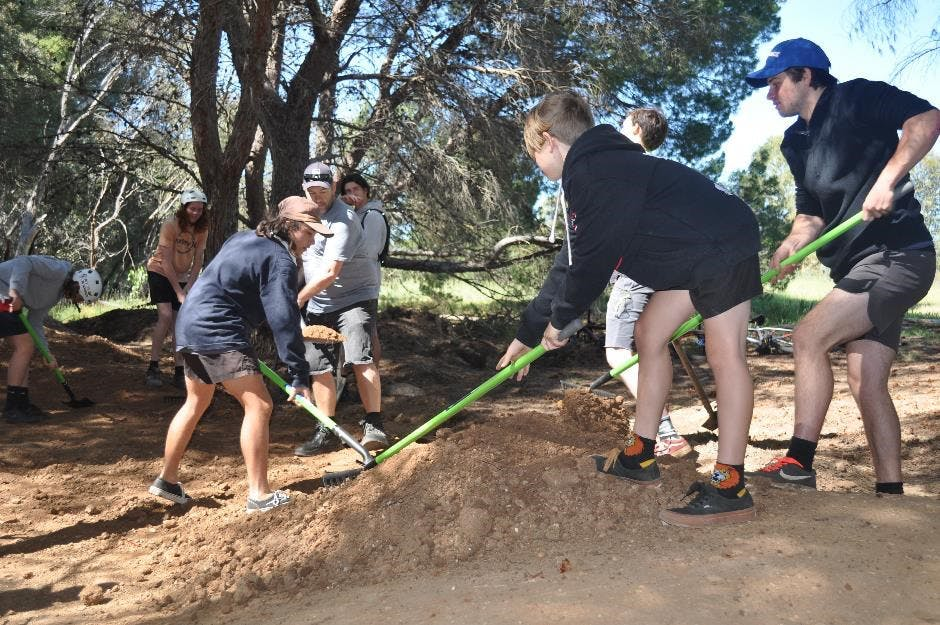 Dig day 12 October