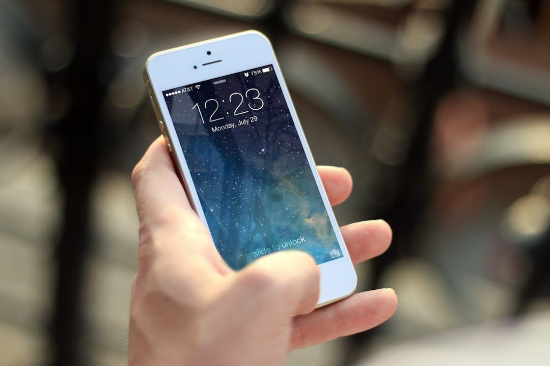 Iphone smartphone apps apple inc 40011